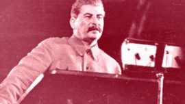 staline-discours-radio-diffuse.jpg