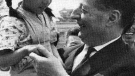 Jacques Grippa durant son voyage en Chine en 1964