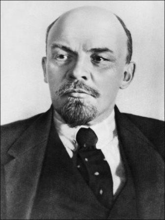 la_revolution_russe_la_bataille_pour_le_positionnement_du_parti_bolchevik_5.jpg