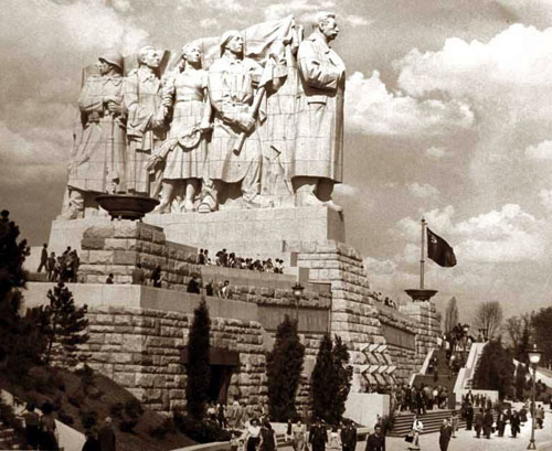 le_monument_staline_a_prague.jpg