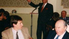 Jan Jambon et Jean-Marie lors d'une conférence-débat en 1996