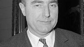 Paul Vanden Boeynants, ministre d'Etat ayant débuté sa carrière dans le secteur de la boucherie industrielle