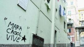 Genova : Chaulage en l'honneur de Mara Cagol sous une plaque commémorant le magistrat Francesco Coco, justicié par les BR le 8 juin 1976