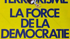 """Sticker du vieux Parti """"Communiste"""" de Belgique marquant son opposition à la lutte des CCC en même temps que son adhésion à la """"force"""" de la """"démocratie"""" bourgeoise - 1985"""