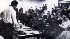 Michel Graindorge durant sa prise de parole au meeting à l'ULB en février 1966
