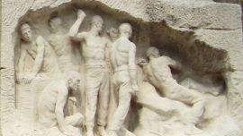 """Monument au Travail - fresque """"La mine"""""""