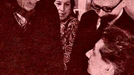 """Bruxelles, 2 février 1970. Bob Claessens et Roger Somville lors de la sortie du livre """"Pour le Réalisme"""" de Somville."""
