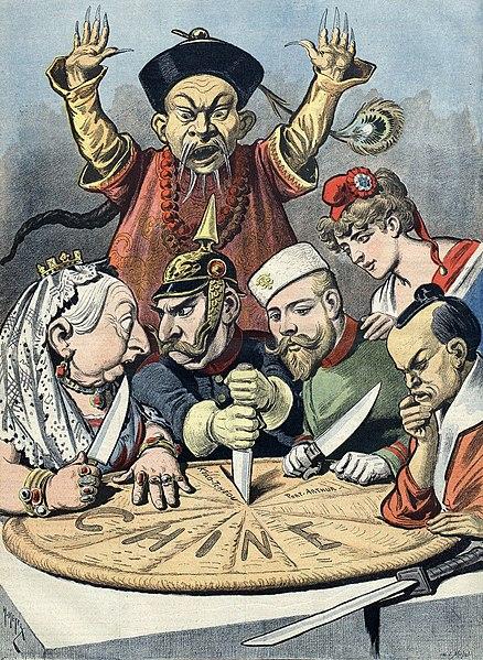 Caricature sur la situation de la Chine publiée dans le supplément du Petit Journal, en janvier 1898. La Chine se fait découper par la reine Victoria du Royaume-Uni, Guillaume II d'Allemagne, Nicolas II de Russie, la Marianne française et l'Empereur Meiji du Japon, sous l'oeil impuissant d'un mandarin chinois. Les seuls figures non caricaturées sont à mettre en rapport avec l'alliance franco-russe.