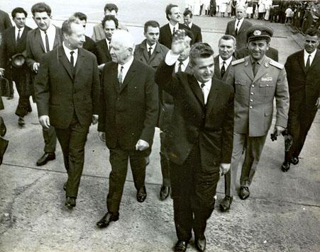Alexander Dubček, Ludvik Svoboda et Nicolae Ceaușescu à Prague